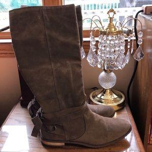 NWOT ShoeDazzle KneeHigh SuedeBoots Women's Size12